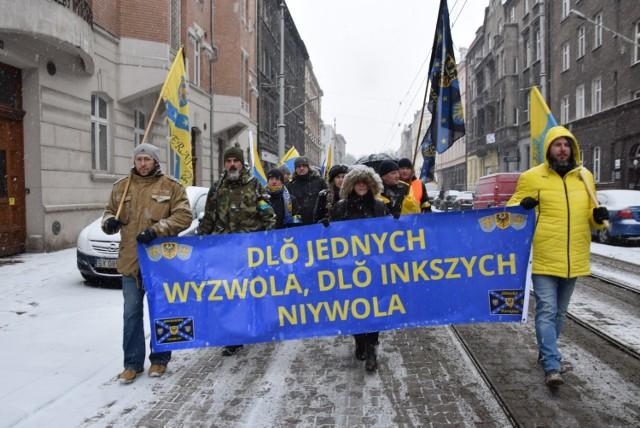 Ślązacy upamiętnili ofiary Tragedii Górnosląskiej idąc z Katowic do Świętochłowic pod brame na Zgodzie, gdzie istniał obóz, w którym zabito wielu mieszkańców Górnego Śląska.