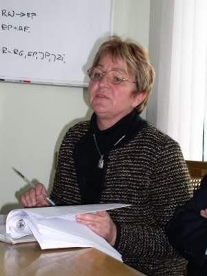 Krystyna Sowacka nie odejdzie na wcześniejszą emeryturę. Burmistrz zatrzymał ją na dyrektorskim stanowisku podwyżką uposażenia.  Fot. Radosław Osiński