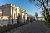 Nowa siedziba Nadgoplańskiego Parku Tysiąclecia już gotowa. Robi wrażenie [zdjęcia]