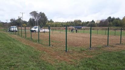 Września: Trwa budowa parku dla psów. Będą dwa wybiegi