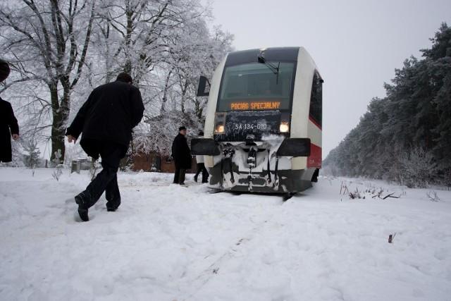 29 grudnia 2010 roku uroczyście otwarto kolejny raz linię kolejową Wągrowiec-Rogoźno. Aktualnie jednak nie kursują tu pociągi. Czy dojdzie do kolejnego remontu, a w efekcie przywrócenia połączeń?