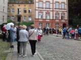 Ulica Biskupia w Gdańsku będzie świętować po raz czwarty. Muzyka na żywo, kabaret i suto zastawiony stół już w niedzielę, 5.09.2021 r.