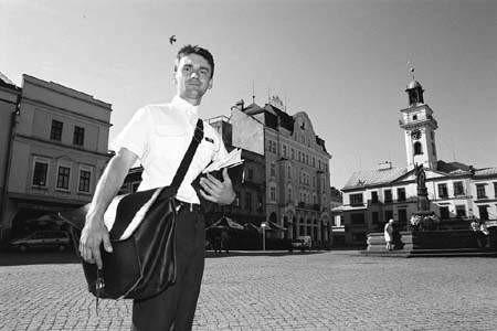 Mirosław Kafka pracuje jako listonosz od 1993 roku.