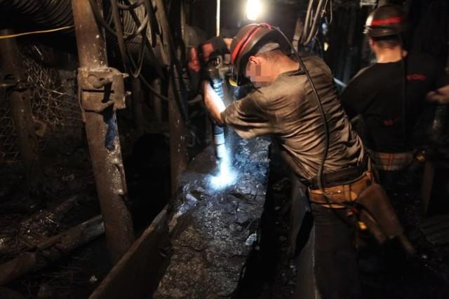 Tak wygląda praca na dole w kopalni