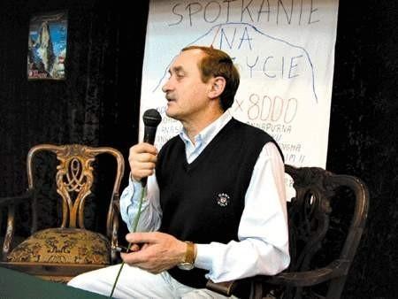 Krzysztof Wielicki chętnie opowiada o swoich wyprawach.