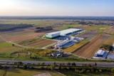 Żabka buduje gigantyczne centrum logistyczne pod Warszawą. W środku zmieściłoby się sześćset sklepów