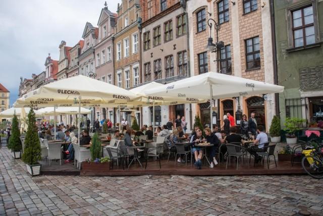 Ogródki gastronomiczne w Poznaniu w przyszłym roku przeniosą się na plac Wolności
