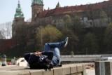 Kraków. Przymusowe wagary starszych uczniów w mieście