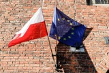 W weekend 28-29.11.2020 na ulicach Gdańska zawisły flagi unijne. To wyraz sprzeciwu wobec weta rządu ws. budżetu Unii Europejskiej