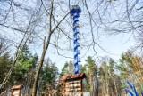 Trzy wieże w Zielonym Lesie w Żarach. Wieża obserwacyjna na Górze Żarskiej