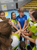 Turniej młodziczek MUKS Sari Żory na rozpoczęcie sezonu - ZDJĘCIA