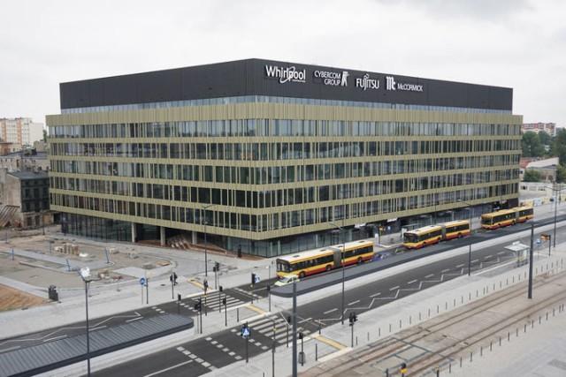 Jednym z biurowców, gdzie ulokował się sektor SSC/BPO jest Nowa Fabryczna w Nowym Centrum Łodzi.