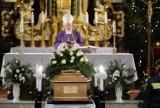 W Katowicach odbył się pogrzeb Erwina Sówki. Artystę pożegnano w Nikiszowcu. W ceremonii wziął udział premier Mateusz Morawiecki