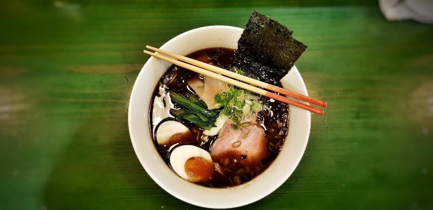Zebraliśmy najwyżej oceniane restauracje kuchni azjatyckiej...