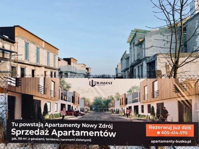 Budowa osiedla apartamentowców jest już poważnie zaawansowana.