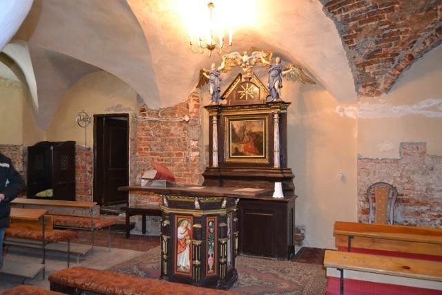Są pieniądze na remont dachu gotyckiej kaplicy