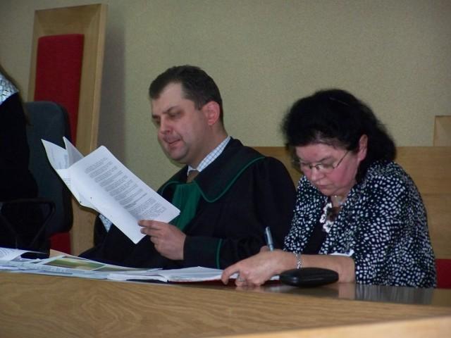 Stefania Sulińska oskarżona jest m.in o przestępstwa urzędnicze. Sama nie przyznaje się do winy