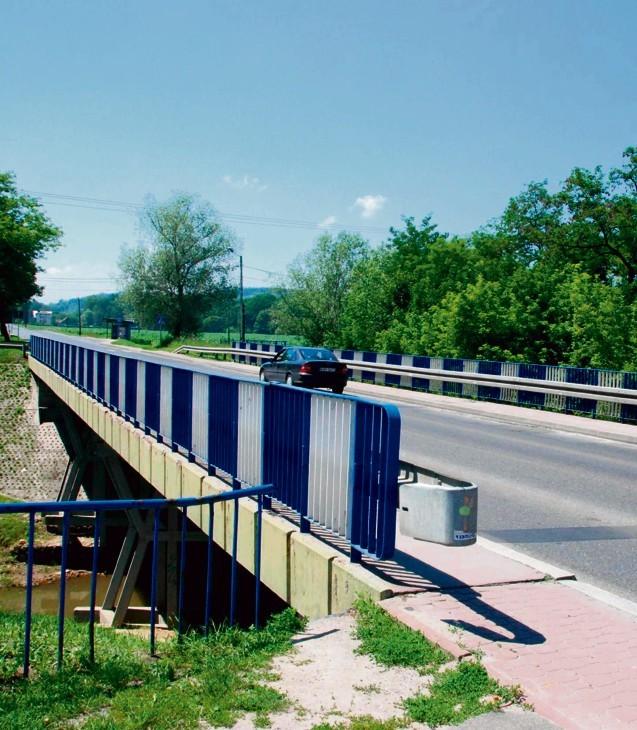 Most na Uszwicy w Brzesku jest w złym stanie