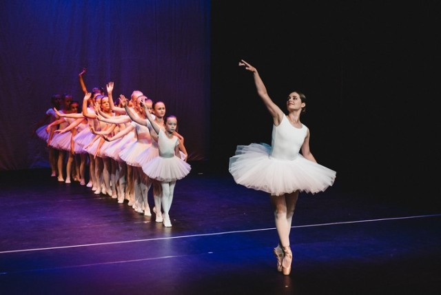19 czerwca o godz. 18:00 odbyła się premierowa Gala Baletowa Szkoły Tańca i Baletu Le Pas. To wielkie święto tańca oklaskiwała pełna widownia Teatru Fredry w Gnieźnie, a w spektaklu wzięło udział ok 90 wykonawców.