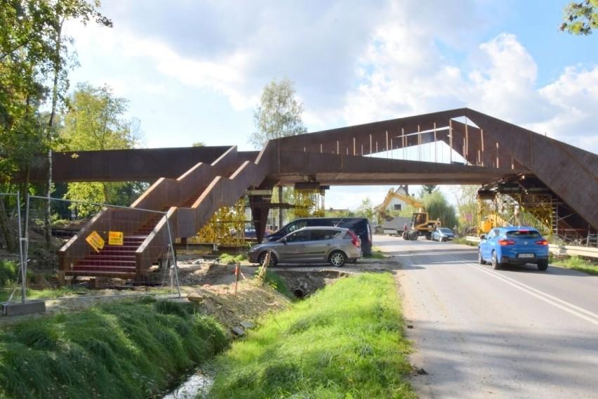 Budowa kładki pieszo-rowerowej w Busku-Zdroju ma...
