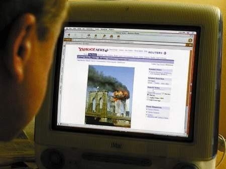 Również z Internetu czerpano wiadomości o zamachu na Amerykę. ZDJĘCIE: TOMASZ ZABOROWICZ