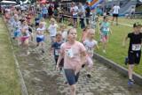 III Bieg Rodzicielstwa Zastępczego. Zobaczcie, jak z trasą biegu poradziły sobie dzieci. Było super! [ZDJĘCIA]