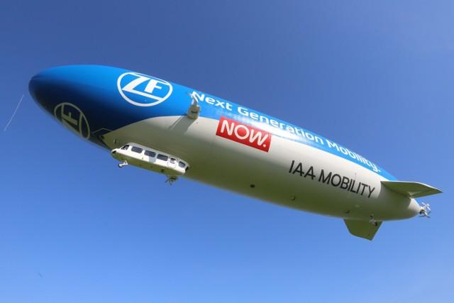 Zeppelin na lotnisku Muchowiec w Katowicach. Zobaczcie sterowiec na zdjęciach >>>