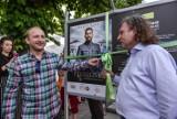 """Borys Szyc otworzył wystawę """"Piłsudski"""" podczas festiwalu Kino Letnie w Sopocie"""