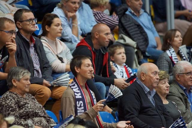 Kibice piłkarzy ręcznych Energa MKS Kalisz podczas meczu z Chrobrym Głogów