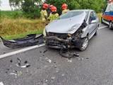 Wypadek na DK 10. Matka i dziecko zabrane do szpitala. Ruch wahadłowy [zdjęcia]