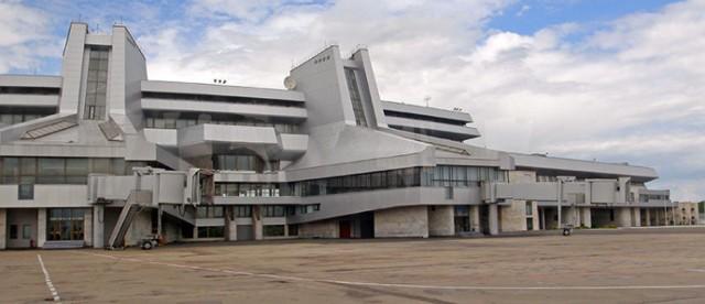 Loty międzynarodowe od 1982 roku przyjmuje nowe lotnisko - Mińsk II. Fot. Piotr Galas