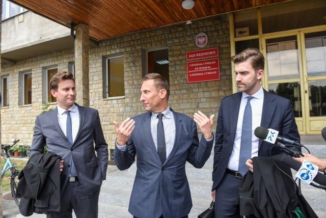 Uczelnia ojca Tadeusza Rydzyka już raz odmówiła Markowi Joppowi prawa do studiowania. Sprawa zakończyła się w sądzie, uczelnia musiała zapłacić działaczowi lewicy pięć tysięcy złotych zadośćuczynienia