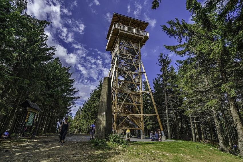 Radziejowa (1266,5 m) to najwyższy szczyt Beskidu...