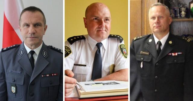 Szeryfowie z Torunia złożyli oświadczenia majątkowe. Oto dochody i stan posiadania komendantów: policji, Straży Pożarnej i Straży Miejskiej w Toruniu.  CZYTAJ DALEJ >>>>>