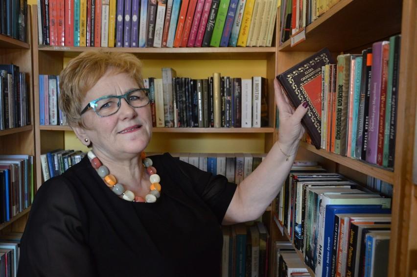 W bibliotece w Trzebielinie przepracowała ponad 40 lat. Wywiad z Krystyną Podrażą
