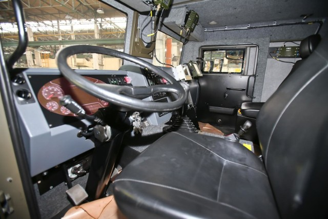 Ile zarabiają kierowcy ciężarówek? Niektórzy nawet ponad 7 tysięcy złotych na rękę. Wiele dowiadujemy się dzięki raportowi TransJobs.eu.   Przejdź do następnych zdjęć, aby zobaczyć zarobki kierowców >>>