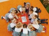 Przedszkole nr 3 w Skierniewicach świętowało Dzień Matki i Dzień Ojca ZDJĘCIA