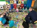 Trąbki Wielkie: Policjanci rozmawiali z przedszkolakami o bezpieczeństwie na drodze i podczas zabaw [ZDJĘCIA]