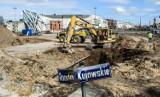 Plac budowy na ulicy Kujawskiej w Bydgoszczy. Jak się zmieniało to miejsce? [zdjęcia]