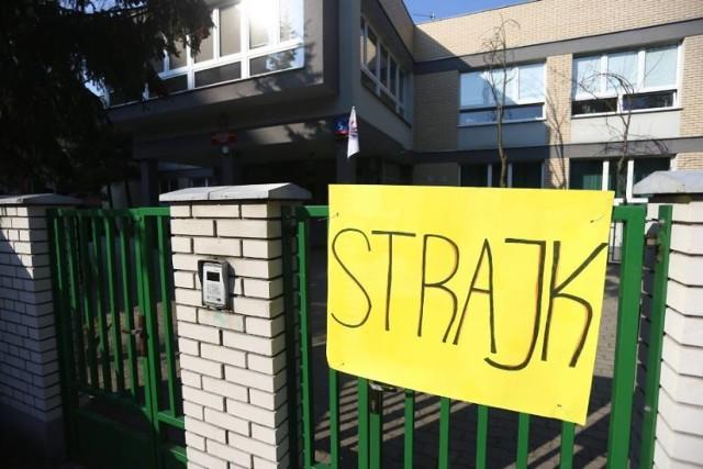 Strajk Nauczycieli Warszawa 2019 Trwa Protest Nauczycieli