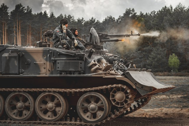 Żołnierze 1 Pomorskiej Brygady Logistycznej ostatnie kilkanaście dni spędzili na poligonie w Drawsku, gdzie od 17 maja trwało szkolenie. W zgrupowaniu wzięli udział udział żołnierze 52 Batalionu Remontowego i 11 Batalionu Ewakuacji Sprzętu z Czarnego oraz 3 Batalionu Logistycznego z Glewic oraz dowództwo 1BLog z Bydgoszczy.