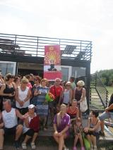 Adepci jogi z Żor przygotowali prezent na urodziny jogince Małgorzacie Kubicy [ZDJĘCIA]