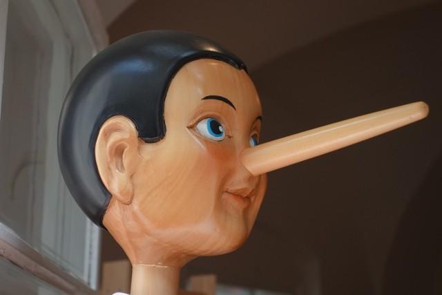 Sprawdź w naszej galerii jak poznać, że ktoś Cię okłamuje>>>