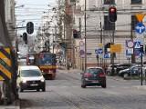Rozpoczyna się budowa przystanku kolejowego Łódź Śródmieście. Od niedzieli wielkie zmiany na ulicy Zielonej 25.04.2021