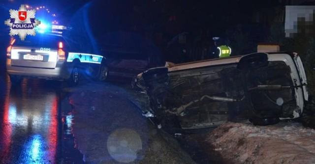 Dereźnia Solska: 19-latek stracił panowanie nad audi i uderzył w płot