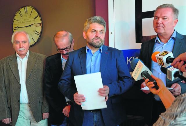 Wspólnie dla Powiatu odcina się od partyjnych konotacji, ale trudno kandydatów z ich list nie kojarzyć z PO. Choć nie wszystkich...
