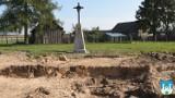 Gm. Nowogród. Przy budowie drogi odkryto mini cmentarz z różnych epok