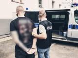"""Rudzka policja zatrzymała grupkę oszustów, którzy wyłudzali pieniądze metodą na """"policjanta"""". To mieszkańcy Bytomia i Zabrza"""