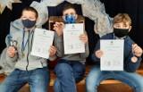 """""""Ferie w koronie"""" – to hasło tegorocznych zajęć dla dzieci i młodzieży zorganizowanych przez Młodzieżowy Dom Kultury w Zamościu [ZDJĘCIA]"""