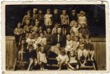 Zdjęcia dzieci z Darłowa sprzed kilkudziesięciu lat [galeria]